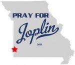 wpid-PrayingForJoplinMO-2011-05-24-22-21.jpg